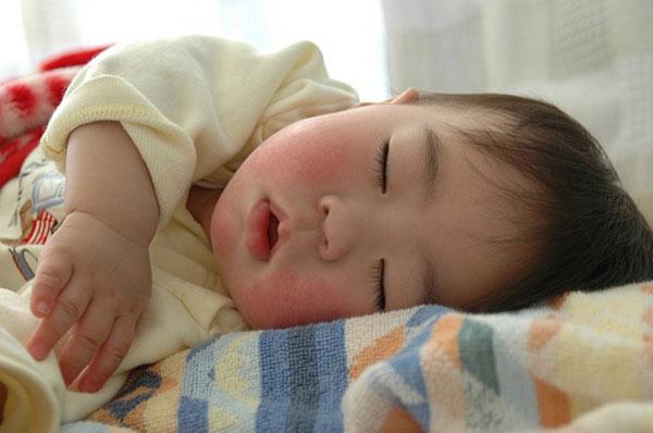 ぐっすり寝てほしい!赤ちゃんの睡眠スケジュール